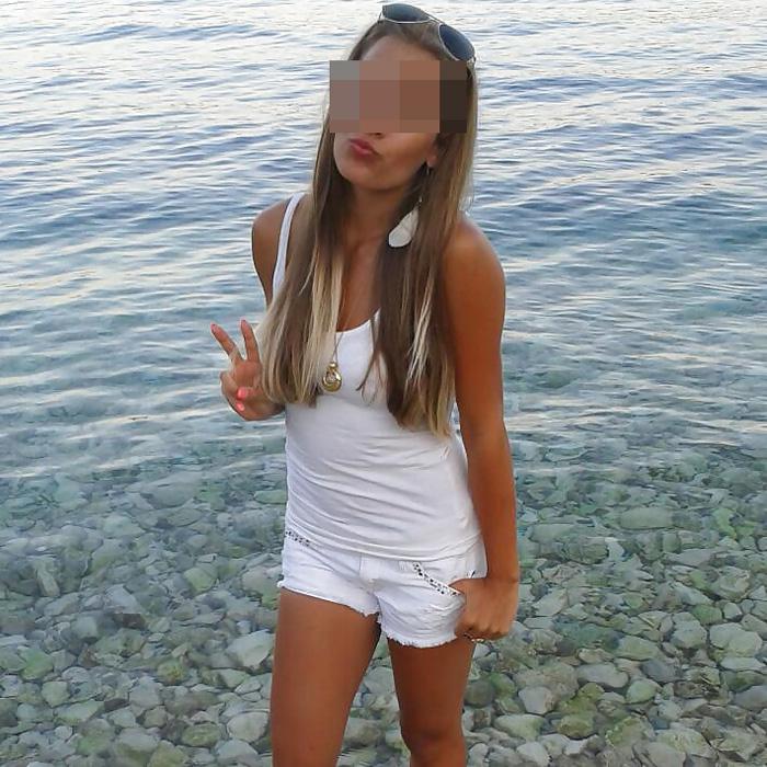 danae-blondinette-coquine-biarritz